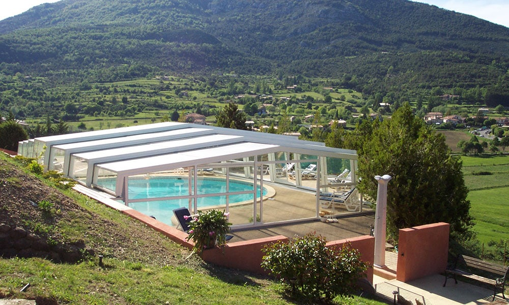 Public pool enclosures - Swimming pool shelter, France